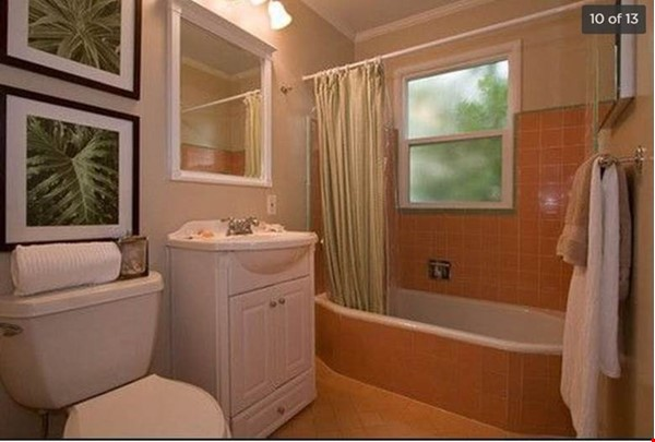 Bay Area Retreat for you, your partner, small family and dog Home Rental in Oakland 2 - thumbnail