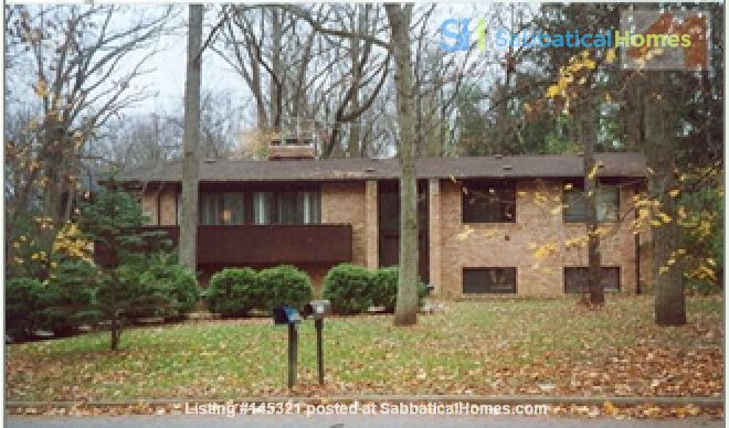 Lovely four bedroom house, wooded setting near UM Central campus & hospital Home Rental in Ann Arbor, Michigan, United States 0