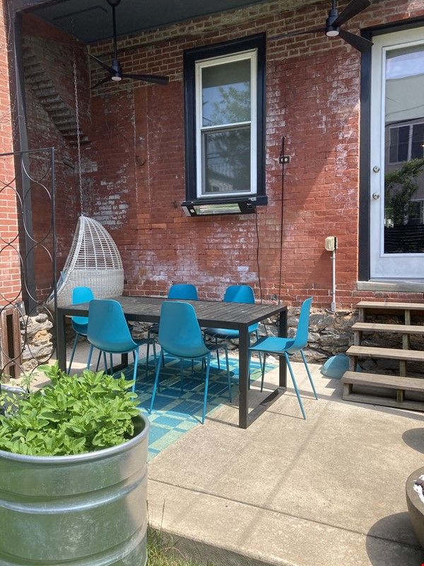 Modern 3 bedroom home Home Rental in Philadelphia 6 - thumbnail