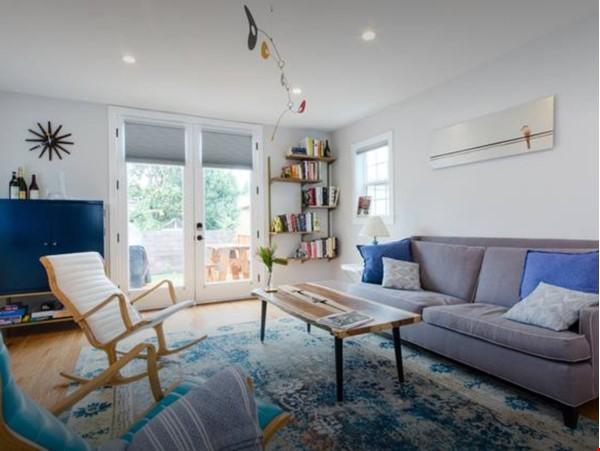 Design-Haven 4 bedroom House Home Exchange in Oakland 3 - thumbnail