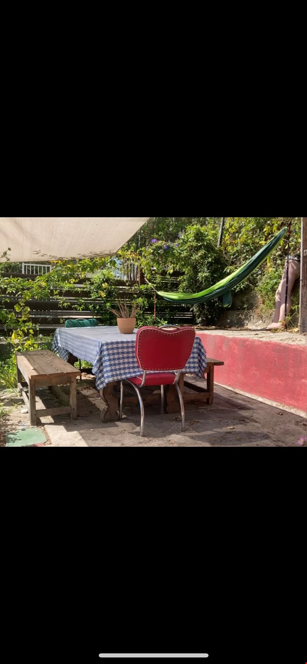 Three Bedroom home with detached office Home Exchange in Los Angeles 5 - thumbnail