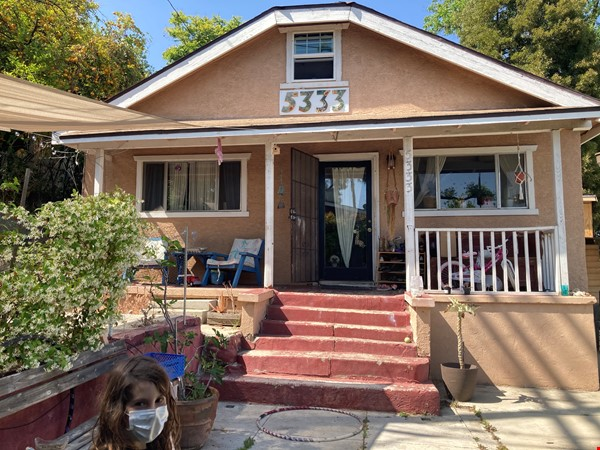 Three Bedroom home with detached office Home Exchange in Los Angeles 0 - thumbnail