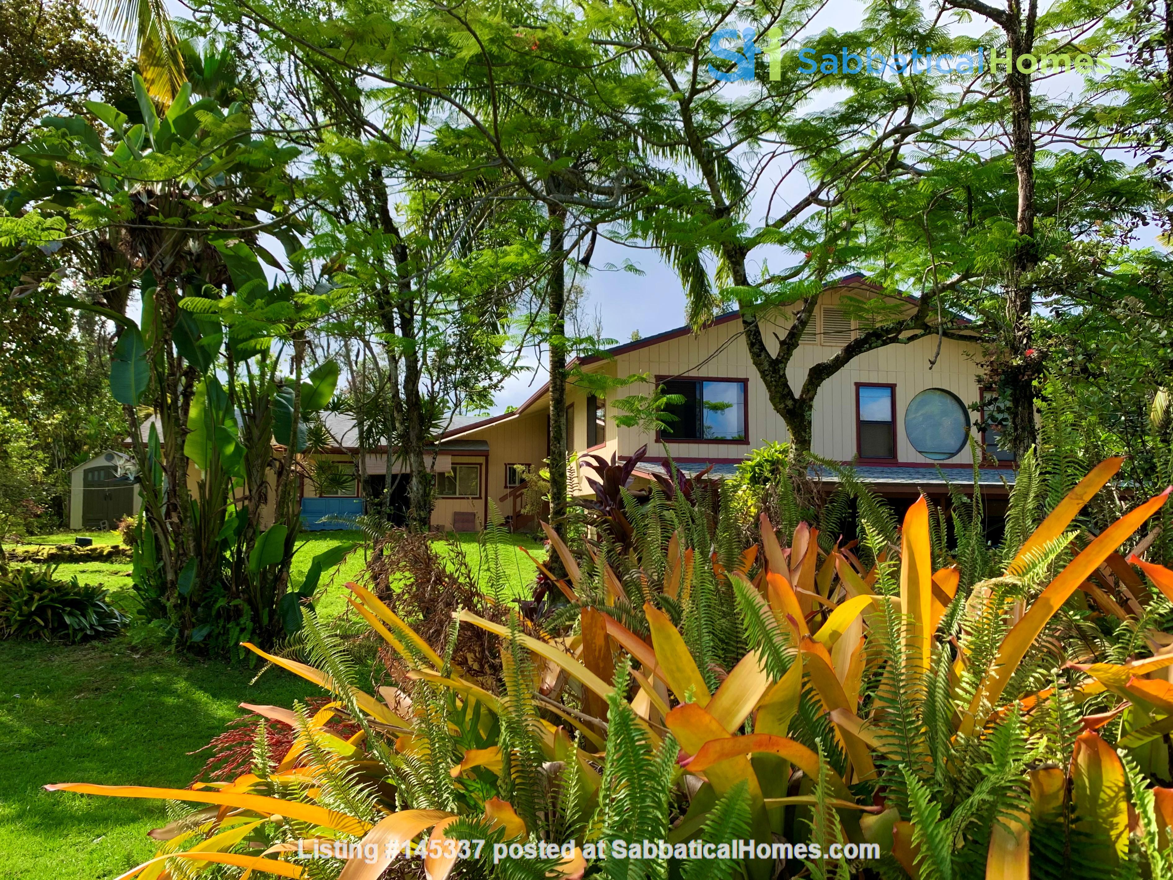 Coastal Kaloli Point Artist Residence Eco-Farm Home Rental in Keaau, Hawaii, United States 3