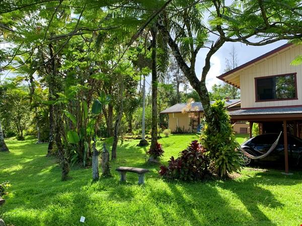 Coastal Kaloli Point Artist Residence Eco-Farm Home Rental in Keaau 2 - thumbnail