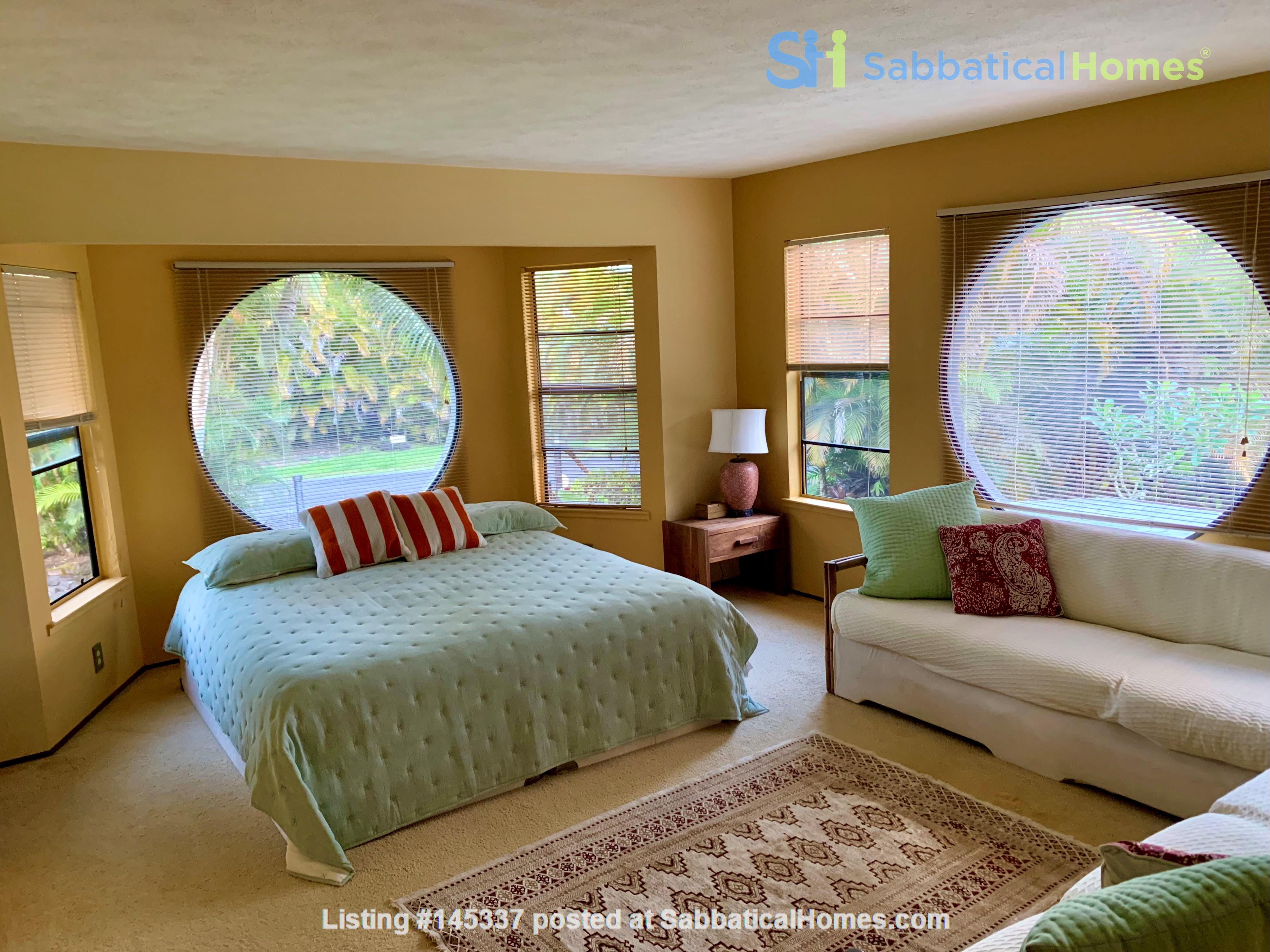 Coastal Kaloli Point Artist Residence Eco-Farm Home Rental in Keaau, Hawaii, United States 8