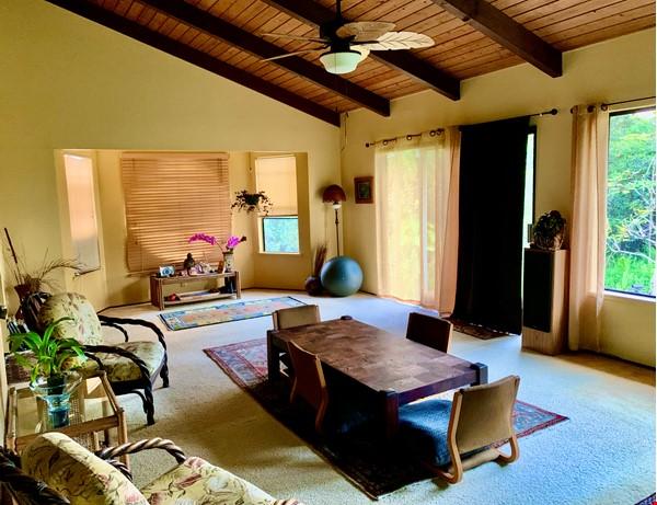 Coastal Kaloli Point Artist Residence Eco-Farm Home Rental in Keaau 7 - thumbnail