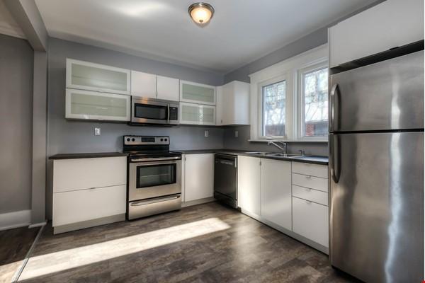 3 bdrm home (unfurnished) - downtown Kitchener-Waterloo Home Rental in Kitchener 1 - thumbnail