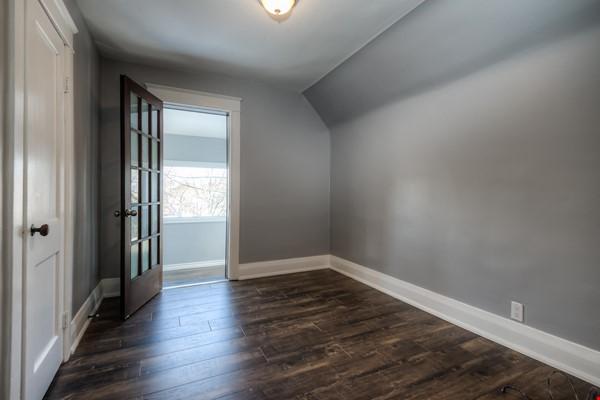 3 bdrm home (unfurnished) - downtown Kitchener-Waterloo Home Rental in Kitchener 7 - thumbnail