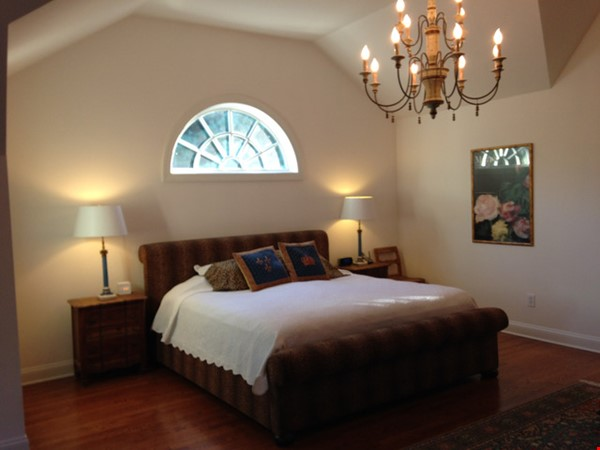 A large, comfortable, tasteful house; outstanding space for work and play. Home Rental in Pennington 7 - thumbnail