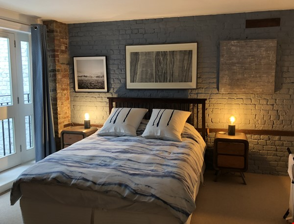 Stunning 1850s warehouse conversion in central London, near The Shard. Home Rental in  8 - thumbnail