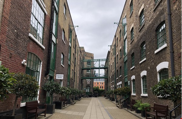 Stunning 1850s warehouse conversion in central London, near The Shard. Home Rental in  0 - thumbnail