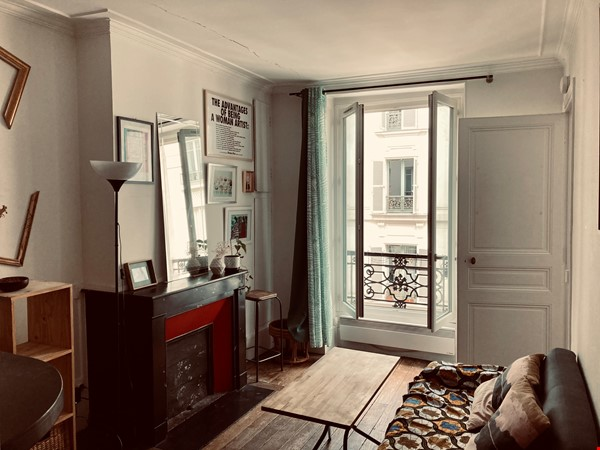 Charming one-bedroom apartment near Montmartre Home Rental in Paris 0 - thumbnail