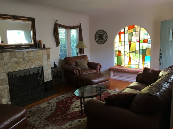 Classic 1920 Spanish Home with View of the San Gabriel Mountains Home Rental in Altadena 3 - thumbnail
