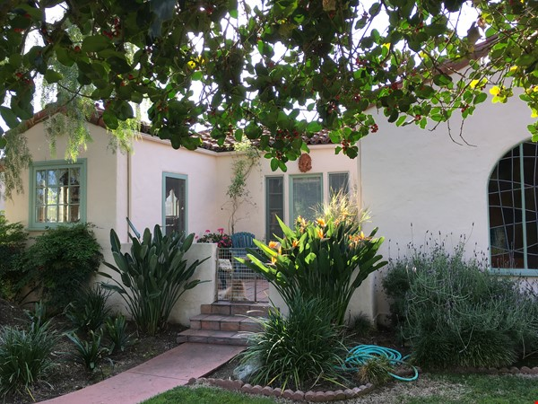 Classic 1920 Spanish Home with View of the San Gabriel Mountains Home Rental in Altadena 1 - thumbnail
