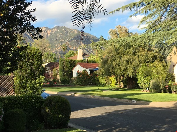 Classic 1920 Spanish Home with View of the San Gabriel Mountains Home Rental in Altadena 2 - thumbnail