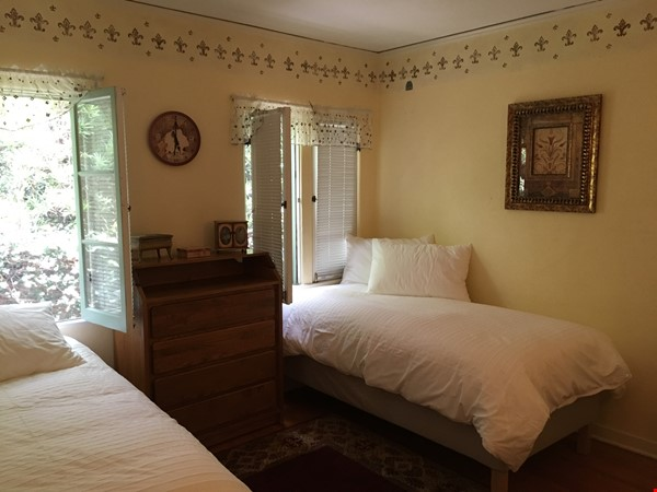 Classic 1920 Spanish Home with View of the San Gabriel Mountains Home Rental in Altadena 5 - thumbnail