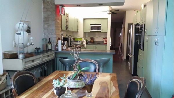 Country in the City! Near nature and also downtown Home Rental in Toronto 1 - thumbnail