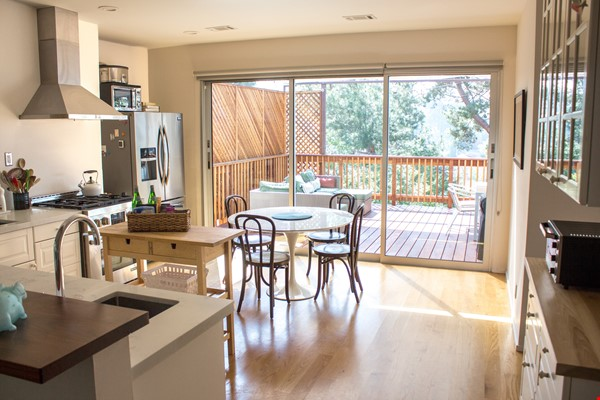 Charming Home in the heart of Echo Park Home Rental in Los Angeles 1 - thumbnail