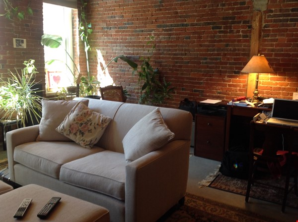 Fully furnished condo - a perfect haven for a single person or couple. Home Rental in Lowell 3 - thumbnail