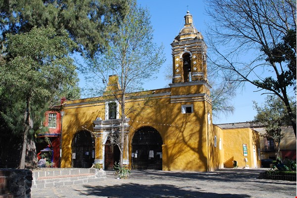 Charming Colonial House in downtown Coyoacan, Mexico DF. Near UNAM Home Rental in México D.F. 1 - thumbnail