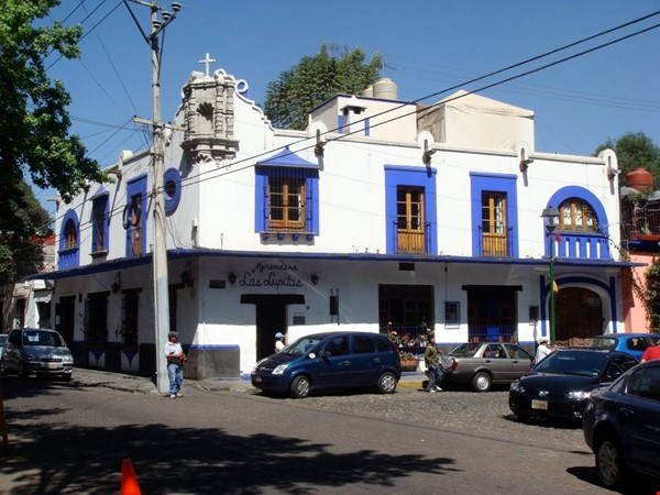 Charming Colonial House in downtown Coyoacan, Mexico DF. Near UNAM Home Rental in México D.F. 0 - thumbnail