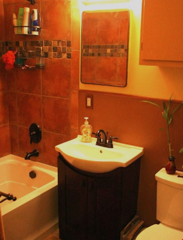Well-kept house, large yard, pet friendly, walk to CU campus, trails. Home Rental in Boulder 9 - thumbnail