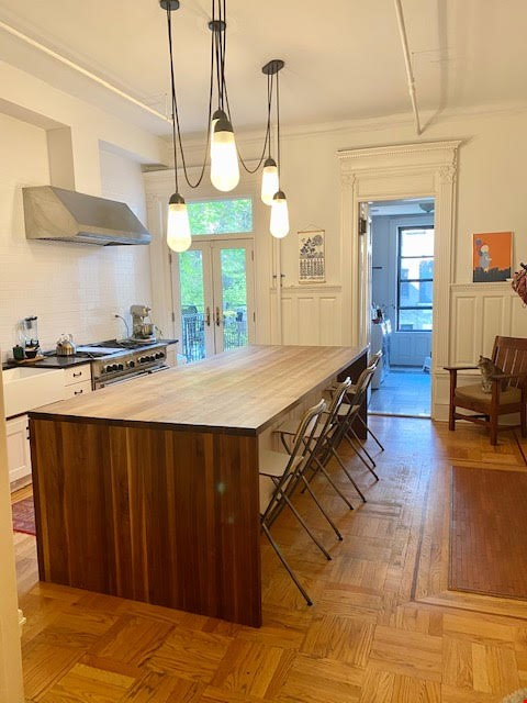 Harlem Townhouse in the heart of the Mount Morris Historic District Home Rental in New York 4 - thumbnail