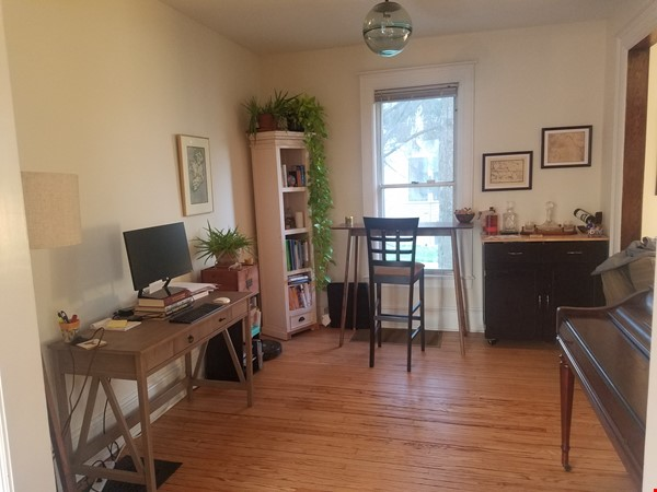 2 Bedroom 2 Bath House Near Notre Dame Home Rental in South Bend 4 - thumbnail