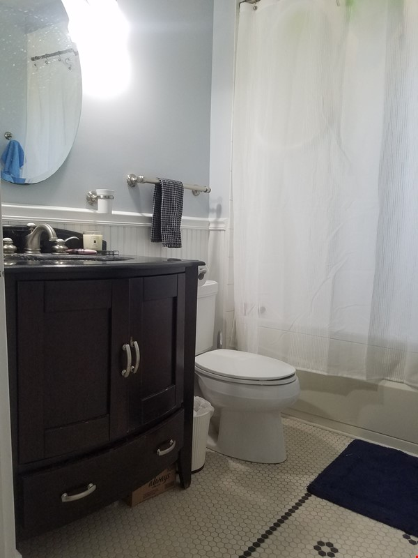2 Bedroom 2 Bath House Near Notre Dame Home Rental in South Bend 7 - thumbnail