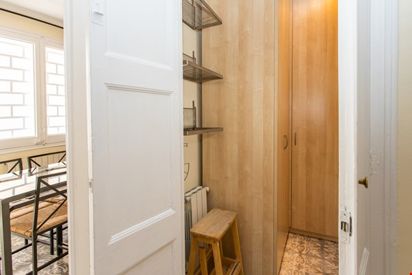Modernist apartment for professionals or small families by Sagrada Familia Home Rental in Barcelona 6 - thumbnail