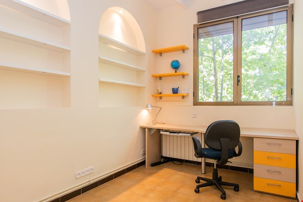 Modernist apartment for professionals or small families by Sagrada Familia Home Rental in Barcelona 3 - thumbnail