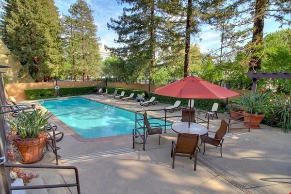 Heart of Sacramento Home Rental in Sacramento 0 - thumbnail