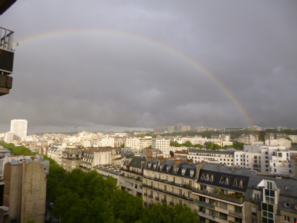 Sunny 2 BR 62 m2 apt with wonderful views Home Rental in Paris 7 - thumbnail