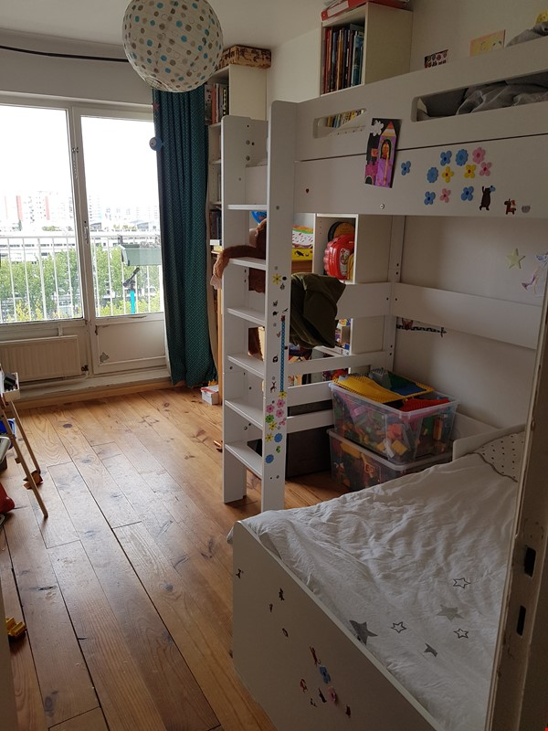 Sunny 2 BR 62 m2 apt with wonderful views Home Rental in Paris 4 - thumbnail