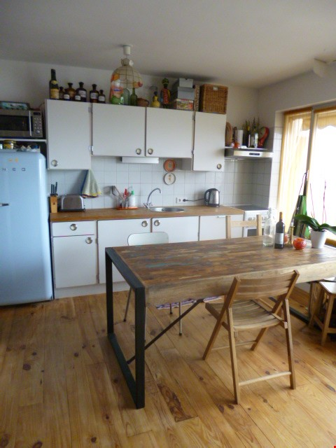 Sunny 2 BR 62 m2 apt with wonderful views Home Rental in Paris 3 - thumbnail