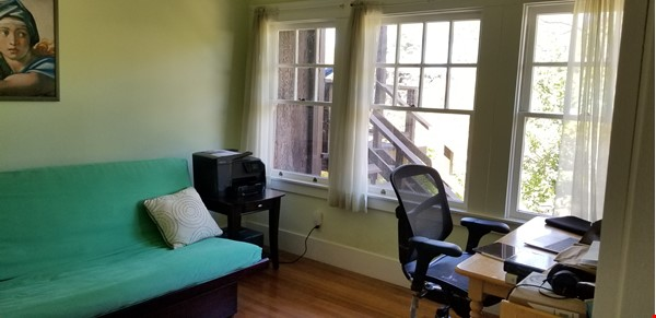 Gorgeous craftsman house with a backyard in north berkeley Home Rental in Berkeley 5 - thumbnail