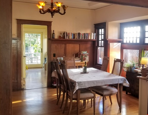 Gorgeous craftsman house with a backyard in north berkeley Home Rental in Berkeley 2 - thumbnail