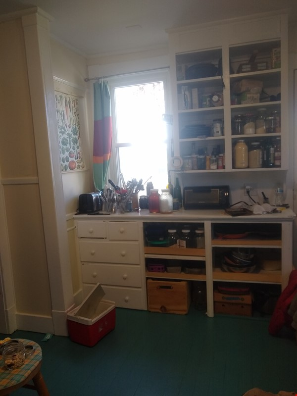 Lovely home in Greenfield, perfect for a couple Home Rental in Greenfield 4 - thumbnail