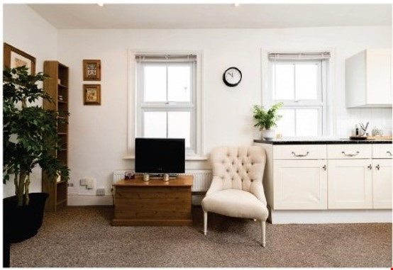 A spacious first floor 2 bedroom apartment (approximately 60 sqm/640 Home Rental in  4 - thumbnail