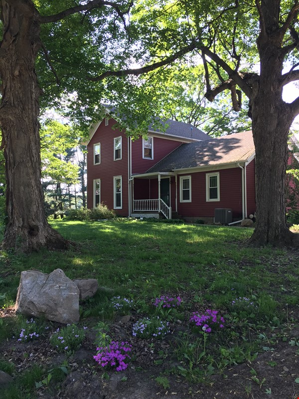 Writer's retreat in beautiful countryside location 11 miles from Notre Dame Home Rental in South Bend 0 - thumbnail