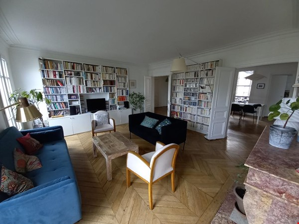 Spacious and Sunny 2BR  Apartment in the Heart of Paris Home Rental in Paris 1 - thumbnail