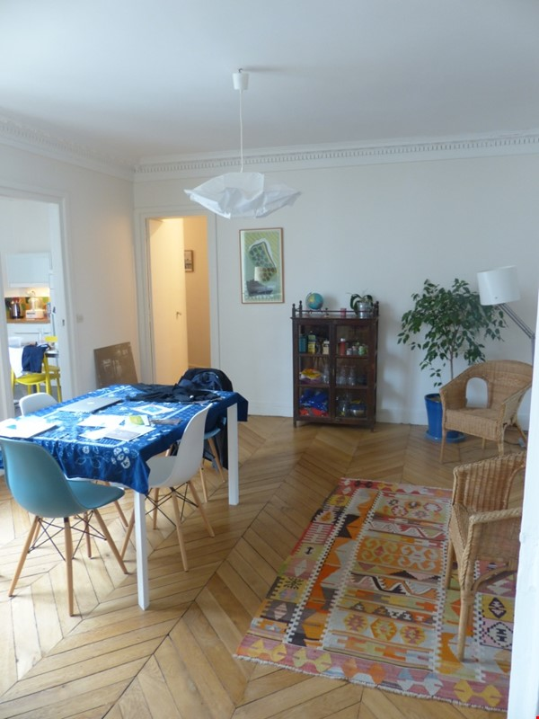 Spacious and Sunny 2BR  Apartment in the Heart of Paris Home Rental in Paris 2 - thumbnail