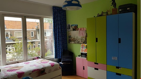 Beautiful, spacious house in quiet, green neighborhood close to citycenter Home Rental in Amsterdam 9 - thumbnail