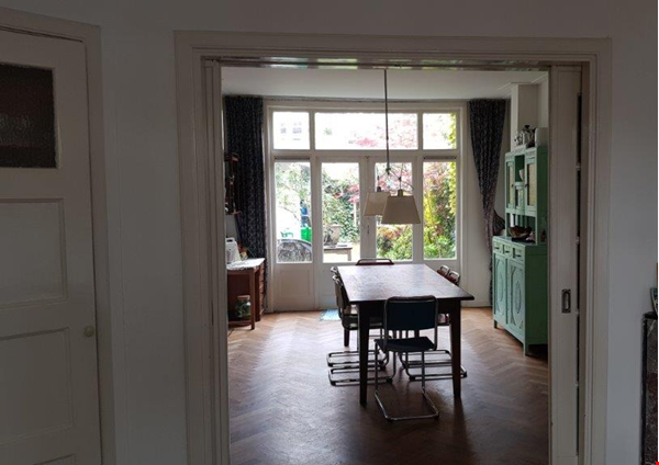 Beautiful, spacious house in quiet, green neighborhood close to citycenter Home Rental in Amsterdam 0 - thumbnail