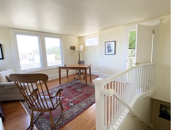 Beautifully restored, light filled Victorian in terrific neighborhood Home Rental in SF 3 - thumbnail
