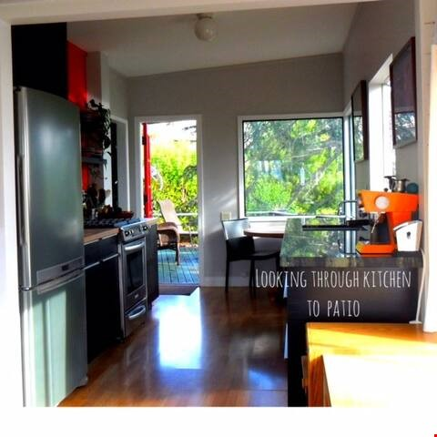 Inspiring Bay Area View Artists House for summer sublet! Home Rental in Richmond 2 - thumbnail