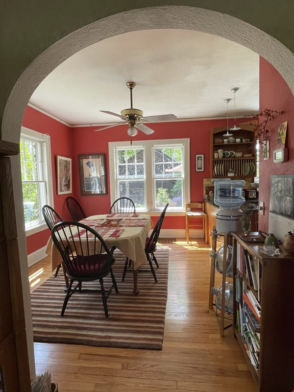 Walking distance to University, Medical Center, downtown shopping/dining Home Rental in Ann Arbor 5 - thumbnail