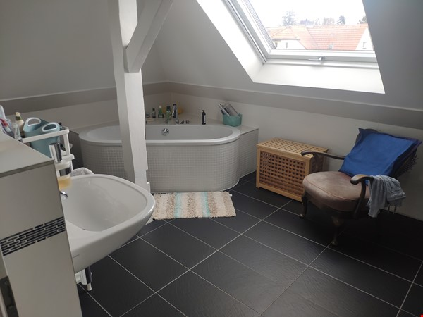 Furnished sublet: Spacious house w/ garden in the south-west of Berlin Home Rental in Berlin 4 - thumbnail