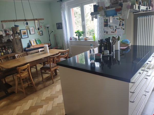 Furnished sublet: Spacious house w/ garden in the south-west of Berlin Home Rental in Berlin 3 - thumbnail