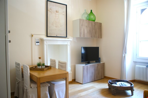 Lovely one bedroom flat in Porta Romana Milano Home Rental in Milano 0 - thumbnail